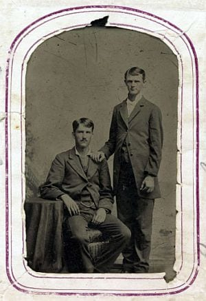 Image claimed to be Frank and Jesse james