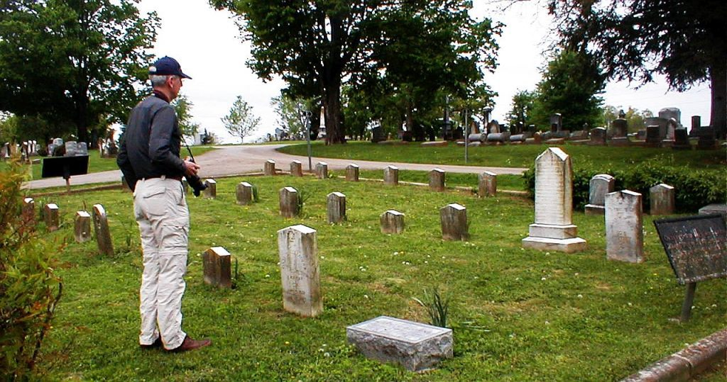 Dan Pence at Spring Hill Cemetery, Harrodsburg, Ky.