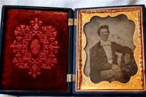 case and daguerreotype of John W. Mimms Jr.
